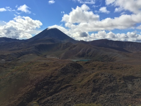 More Ngauruhoe, this time with lakes!